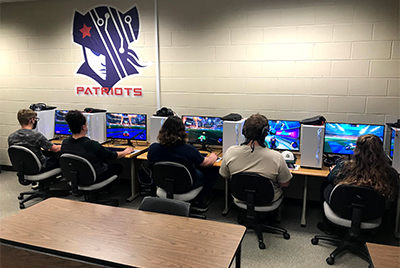 Students in the Esports Lab